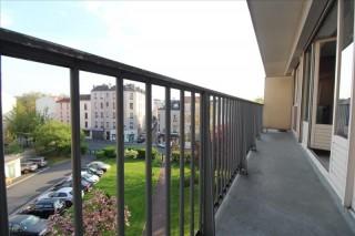 St Denis Appartement 2 pièces de 51 m²